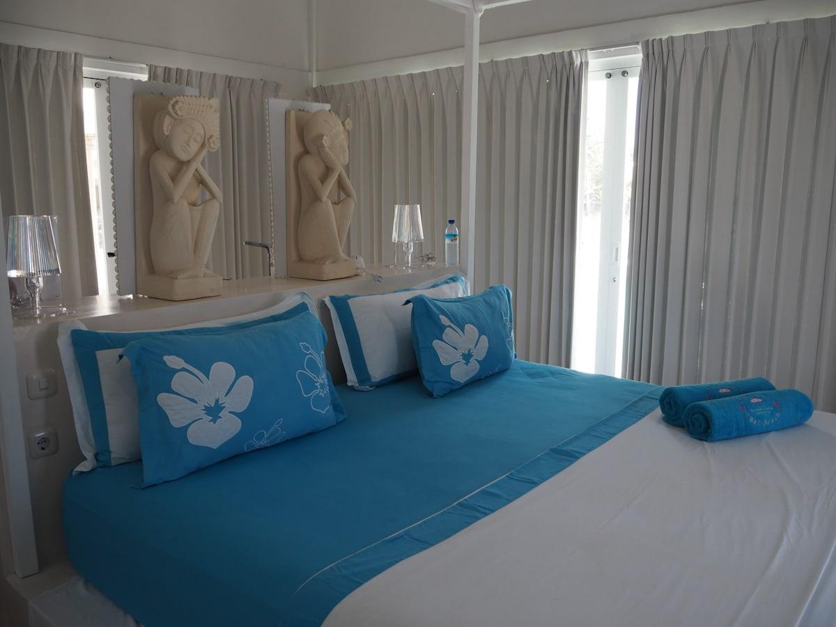 Bedroom at Villa Gili Bali Beach - Gili Trawangan Bali